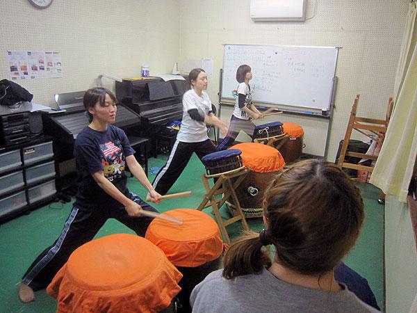 久々の和太鼓の練習。みんな元気でとても気持ちがよい。