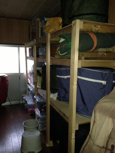 日曜大工で戸棚を増やしたので、締太鼓や和太鼓の付属品を片付ける場所ができた。