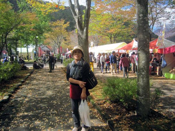 「紅葉祭り」というだけあって紅葉がきれいだった。