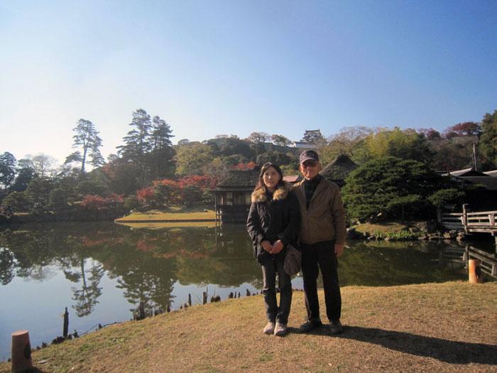 壮大な彦根城藩主の日本庭園「玄宮園」